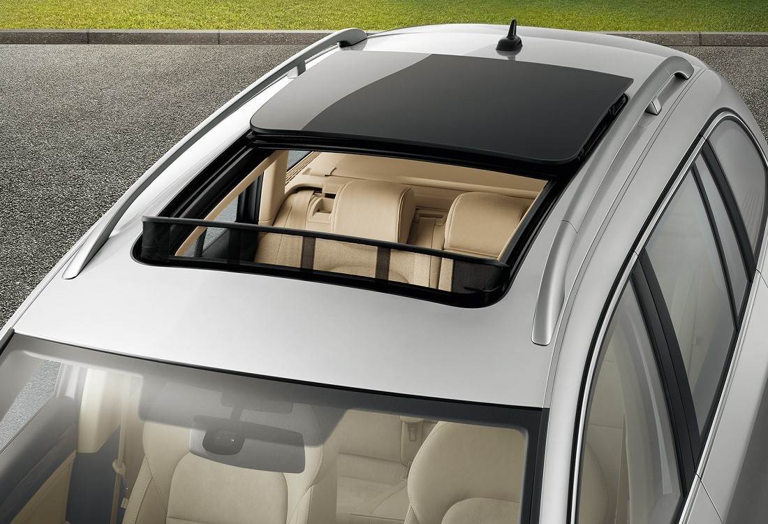 Car interior accessories for guys - Sunroofs